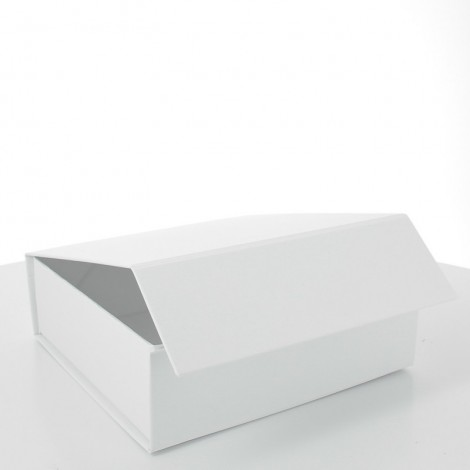 White luxury gift box magnetic closure